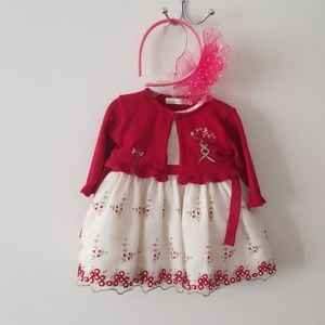 White dress with flowers and sweater 6m